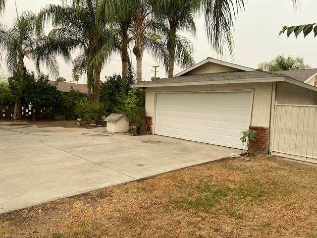222 W California Avenue, Fresno, CA 93706 (#546821) :: FresYes Realty