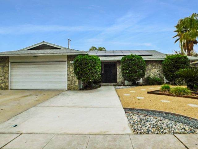 5721 N 9Th Street, Fresno, CA 93710 (#552903) :: Your Fresno Realty | RE/MAX Gold