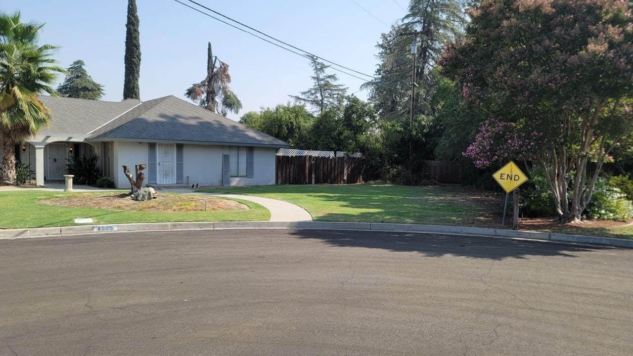 4585 Pico Avenue - Photo 1