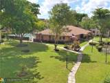 2841 Somerset Dr - Photo 16
