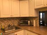 1050 Country Club Dr - Photo 12