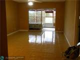 1015 Country Club Dr - Photo 11