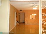 1015 Country Club Dr - Photo 12