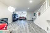 917 17th Way - Photo 4