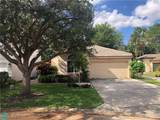 1421 Banyan Cir - Photo 3