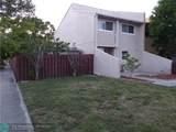 2941 68th St - Photo 2