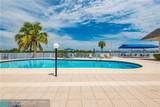 1175 Miami Gardens Dr - Photo 33