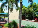 3600 Oaks Clubhouse Dr - Photo 13