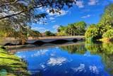 2835 Waters Edge Cir - Photo 58