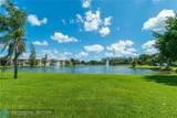 9420 Hollybrook Lake Dr - Photo 16