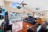 7615 Thornlee Dr - Photo 10