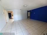 3064 11th St - Photo 3
