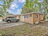 6670 Taft St - Photo 36