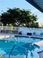 1015 72  Terrace - Photo 3