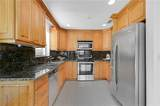 300 8th Ave - Photo 4