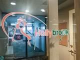9411 Hollybrook Lake Dr - Photo 38
