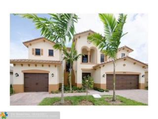 10021 Edgewater Ct, Parkland, FL 33076 (MLS #F10058135) :: Green Realty Properties
