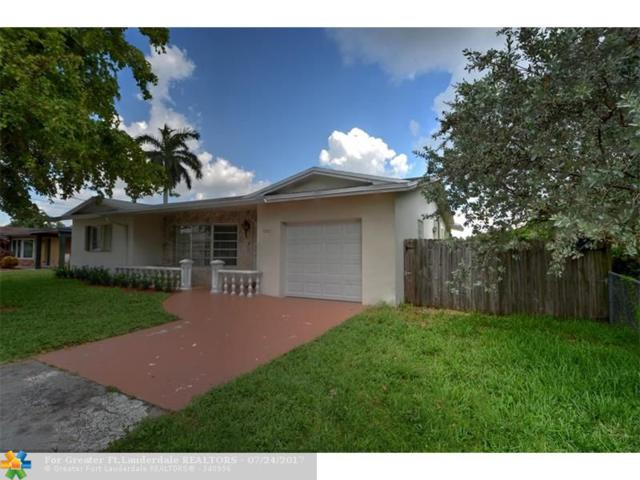 1701 NW 39th St, Oakland Park, FL 33309 (MLS #F10078414) :: Castelli Real Estate Services