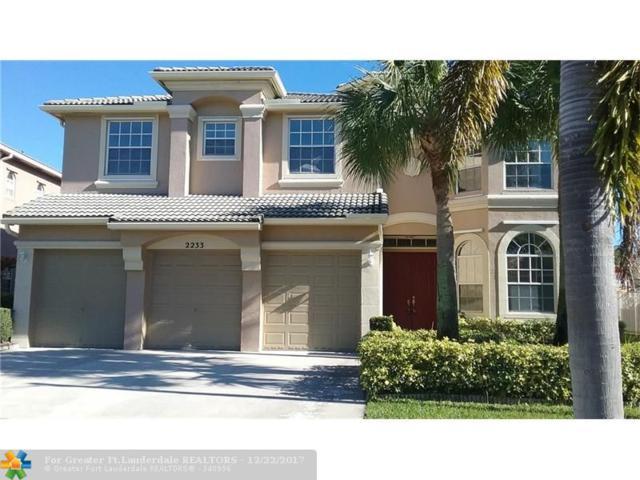 2233 Ridgewood Cir, Royal Palm Beach, FL 33411 (MLS #F10100031) :: Green Realty Properties