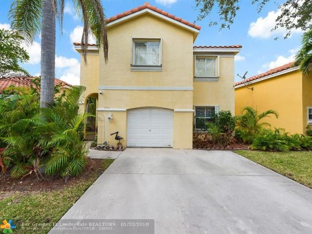 1714 Royal Palm Way, Hollywood, FL 33020 (MLS #F10104047) :: Castelli Real Estate Services