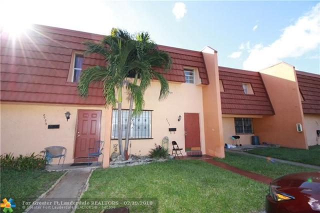 2005 NW 37th Ter #2005, Lauderdale Lakes, FL 33311 (MLS #F10109560) :: United Realty Group