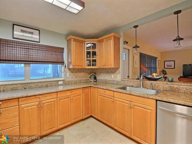 836 Royal Palm Blvd, Vero Beach, FL 32960 (MLS #F10123226) :: Green Realty Properties