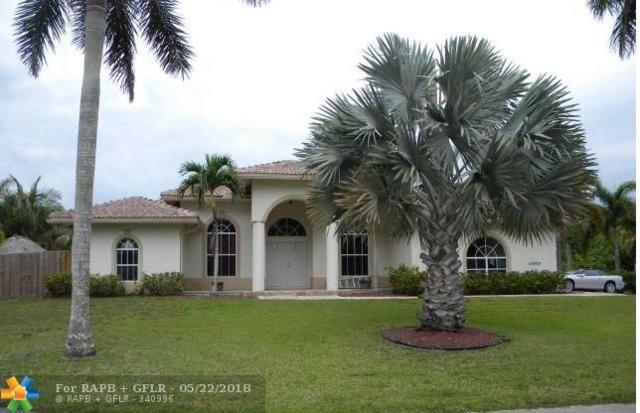 10970 SW 48th St, Cooper City, FL 33328 (MLS #F10123884) :: Laurie Finkelstein Reader Team