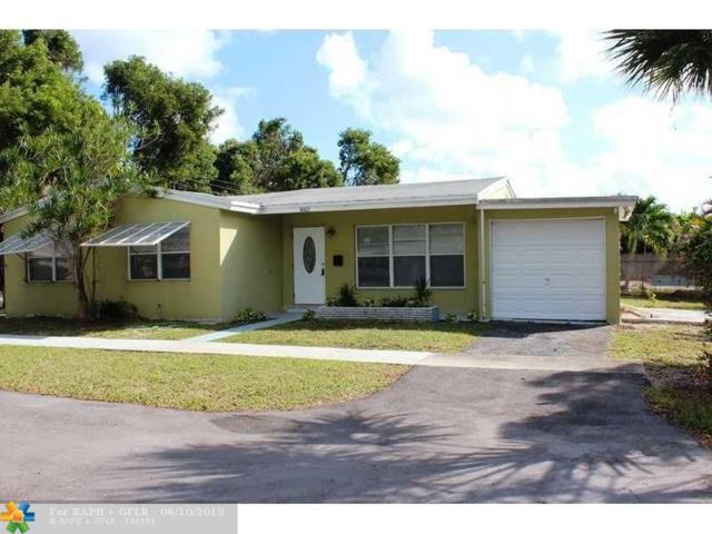 3002 Arthur St, Hollywood, FL 33021 (MLS #F10126755) :: Green Realty Properties