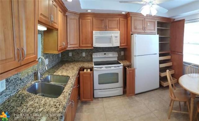 2802 Victoria Way M1, Coconut Creek, FL 33066 (MLS #F10131993) :: The Dixon Group