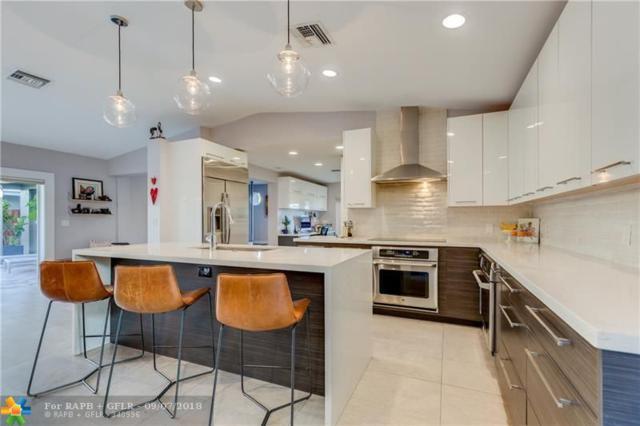 2215 Manatee Dr, Fort Lauderdale, FL 33316 (MLS #F10139283) :: Green Realty Properties