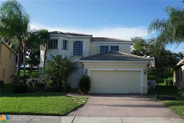 19475 SW 67th St, Fort Lauderdale, FL 33332 (MLS #F10142333) :: Green Realty Properties