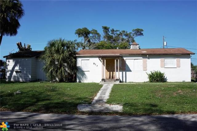 917 42nd St, West Palm Beach, FL 33407 (MLS #F10145493) :: Green Realty Properties
