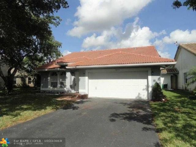 10633 NW 32nd Ct, Coral Springs, FL 33065 (MLS #F10146715) :: Green Realty Properties