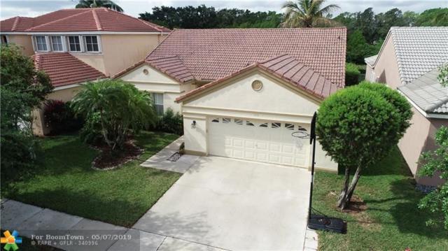 392 Carrington Dr, Weston, FL 33326 (MLS #F10170401) :: Berkshire Hathaway HomeServices EWM Realty