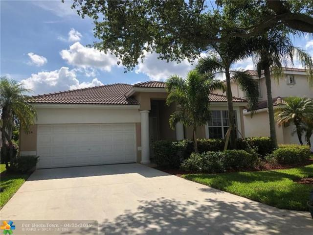 7714 NW 70th Way, Parkland, FL 33067 (MLS #F10173358) :: United Realty Group