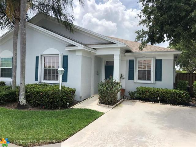 5811 Kelsey Ln #5811, Tamarac, FL 33321 (MLS #F10174839) :: Berkshire Hathaway HomeServices EWM Realty