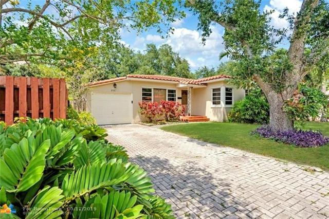 1011 SE 11th Ct, Fort Lauderdale, FL 33316 (MLS #F10176626) :: The O'Flaherty Team