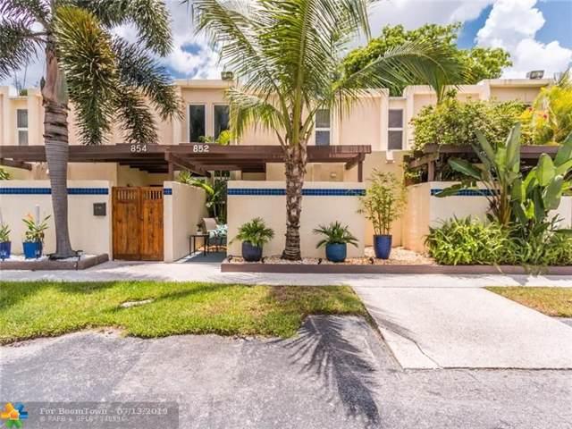 852 NE 20th Dr, Wilton Manors, FL 33305 (MLS #F10182053) :: Castelli Real Estate Services