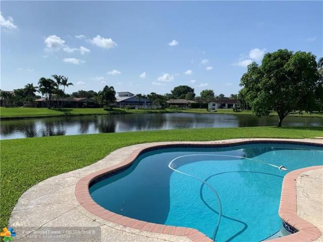 739 NW 83rd Dr, Coral Springs, FL 33071 (MLS #F10182228) :: Castelli Real Estate Services