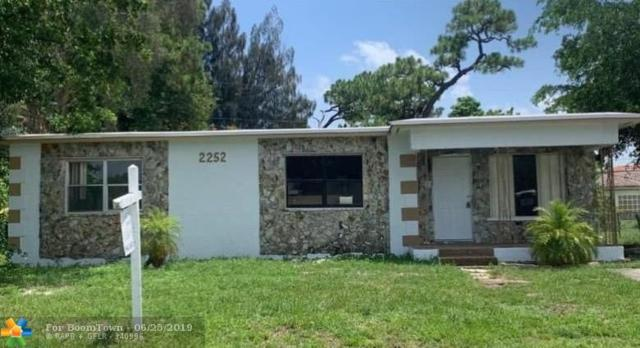 2252 NW 28th St, Oakland Park, FL 33311 (MLS #F10182309) :: Castelli Real Estate Services