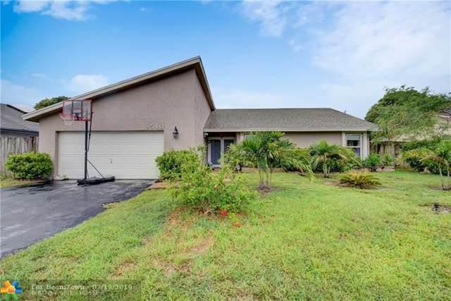 8540 NW 48th St, Lauderhill, FL 33351 (MLS #F10185495) :: Berkshire Hathaway HomeServices EWM Realty
