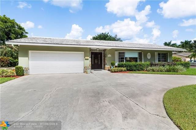940 SW 70th Ave, Plantation, FL 33317 (MLS #F10186795) :: United Realty Group