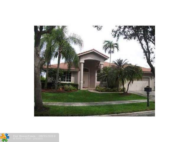 2653 Oakbrook Dr, Weston, FL 33326 (MLS #F10189399) :: United Realty Group