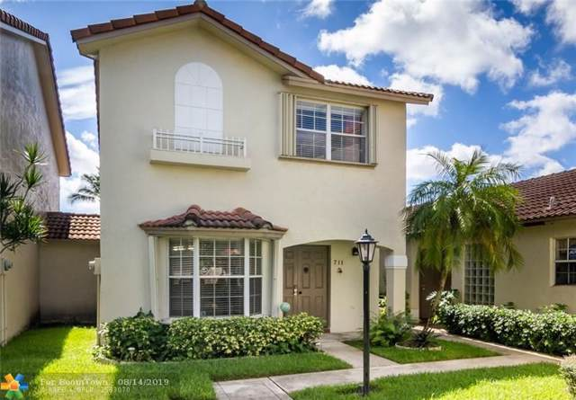 711 NW 108th Ter #711, Pembroke Pines, FL 33026 (MLS #F10189656) :: Berkshire Hathaway HomeServices EWM Realty