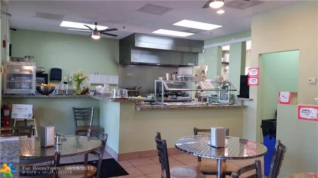 601 N Congress Ave #406, Delray Beach, FL 33445 (MLS #F10190286) :: The Paiz Group
