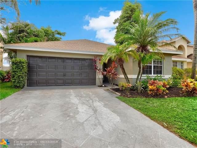 1069 Fairfax Cir, Boynton Beach, FL 33436 (MLS #F10190983) :: Berkshire Hathaway HomeServices EWM Realty