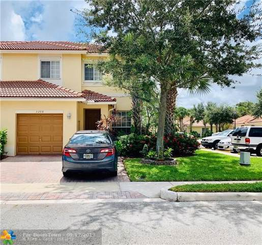 3208 NW 33rd St, Oakland Park, FL 33309 (MLS #F10194028) :: RICK BANNON, P.A. with RE/MAX CONSULTANTS REALTY I
