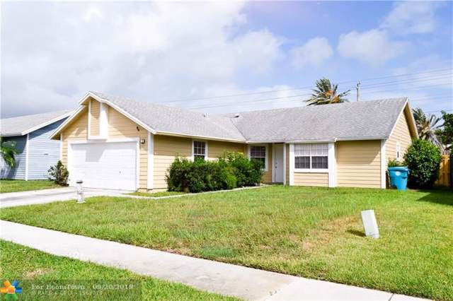 1811 Banyan Creek Cir, Boynton Beach, FL 33436 (MLS #F10195538) :: United Realty Group