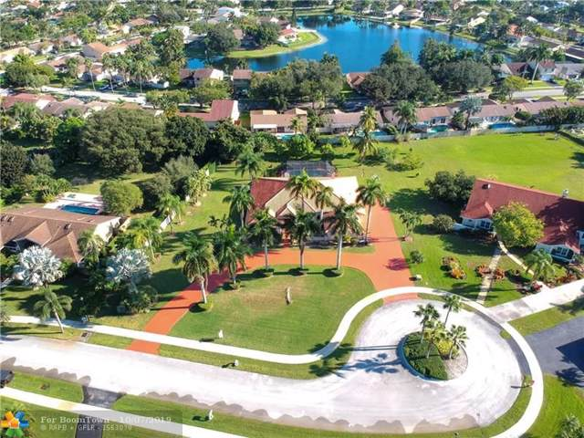 13821 Chatham Pl, Davie, FL 33325 (MLS #F10197223) :: Berkshire Hathaway HomeServices EWM Realty