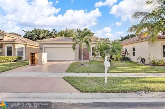 6352 Harbour Club Dr, Lake Worth, FL 33467 (MLS #F10198042) :: Berkshire Hathaway HomeServices EWM Realty